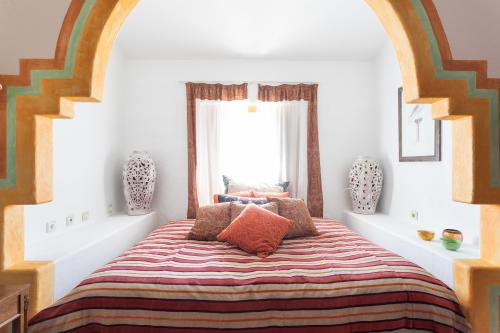 Arabe Room-Queen-Premier-Ensuite with Shower-Countryside view