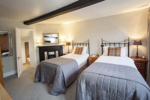 Room 1 – Twin En-suite