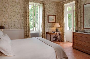 Superiors double rooms Marie, Amelie or Sidonie, king size bed 180, air conditioned, private bathroom with toilet. We also propose to our guest a Nespresso coffee machine, kettle with tea and mineral water in each room and a free WIFI connection.
