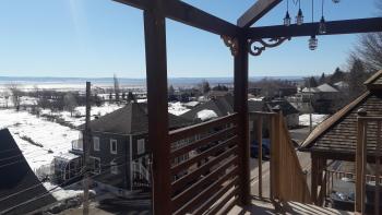la terrasse avec accès au spa