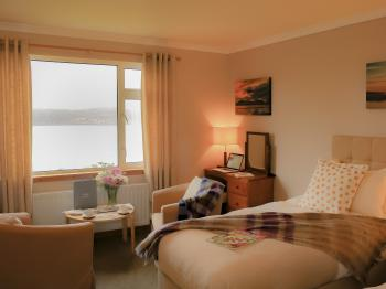 Superior Twin room with sea view