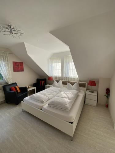 Doppelzimmer-Modern-Ensuite Dusche - Base Rate