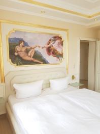 Dreibettzimmer-Klassisch-Eigenes Badezimmer - Dreibettzimmer-Komfort-Eigenes Badezimmer