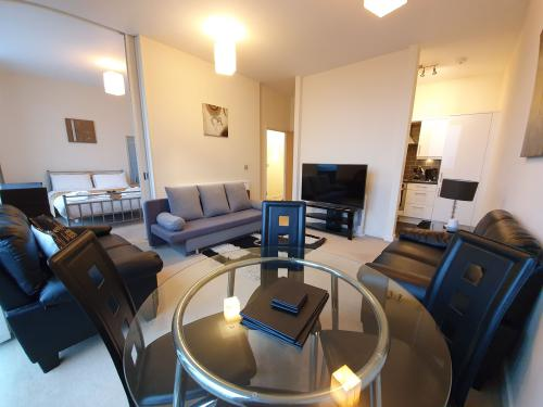 Apartment-Private Bathroom-1 Bedroom Apartment - Base Rate