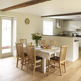 Manor Farm Courtyard Cottages -