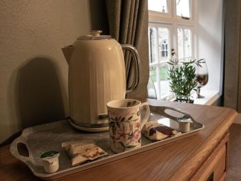 Kitty Canham complimentary tea and coffee facilities