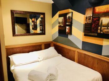 KX Rooms -