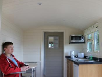 Spacious Shepherds Hut