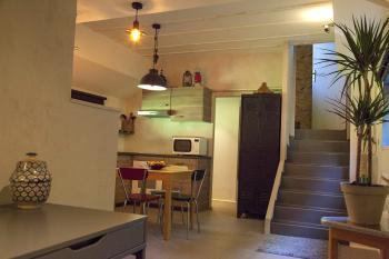 open space : cuisine, séjour, salon