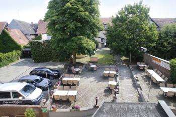 Innenhof und Biergarten