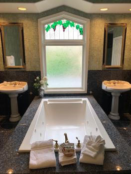 jetted tub with dual sinks