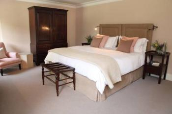 Twin room-Superior-Ensuite with Bath-Superior Twin Room