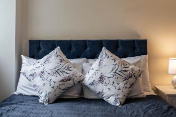MPL Apartments - Queens Broadway F3 - Guest bed