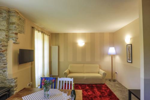 Appartamento Due - Appartamento con Balcone vista Piscina