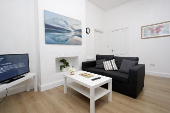 KIRKSTALL SERVICED APARTMENTS LEEDS -