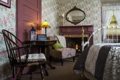 Double room-Ensuite-Standard-The Minnie Moore Room