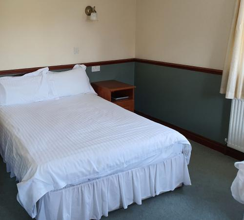 Family room-Ensuite-(Wheelchair Access)