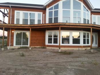 Port Blandford #40 -Executive-Apartment-Ensuite with Jet bath