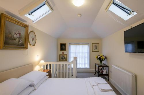 Double room-with Roof Garden -Ensuite with Shower