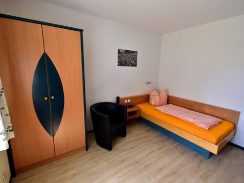 Einzelzimmer-Komfort-Eigenes Badezimmer-Gartenblick - Standardpreis