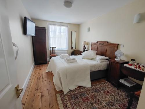 Quad room-Double Sofa & Bed-Starry-Wet room