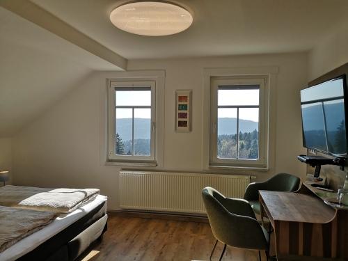Bergblick-Deluxe-Doppelzimmer-Eigenes Badezimmer