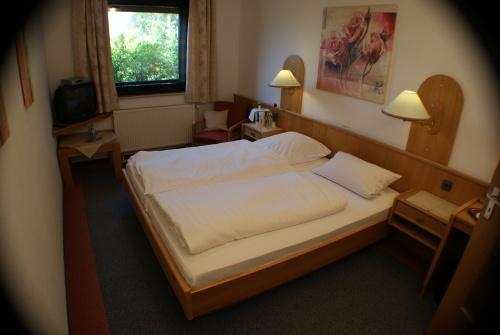 Zweibettzimmer-Standard-Eigenes Badezimmer