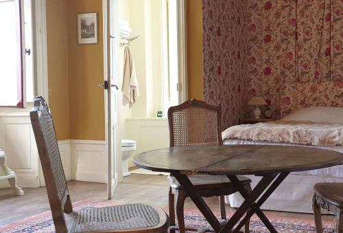 Double-Supérieure-Salle de bain-Vue sur la campagne-Chambre Eugénie - Tarif de base