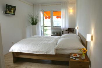 Doppelzimmer-Eigenes Badezimmer-Balkon