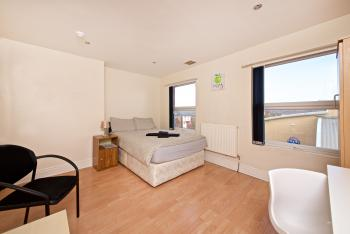 Liverpool City Stays - Lawrence Road BB1 -