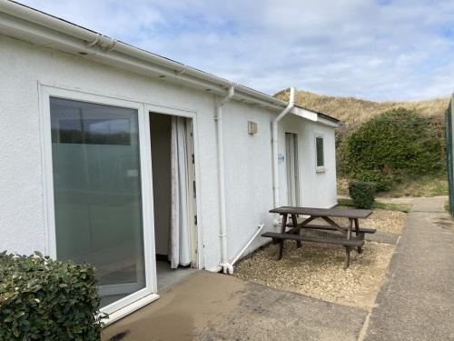 Exclusive-Lodge-Private Bathroom-Partial sea view-Surf Lodge