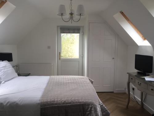 Double room-Ensuite with Bath-(Annexe) - Base Rate