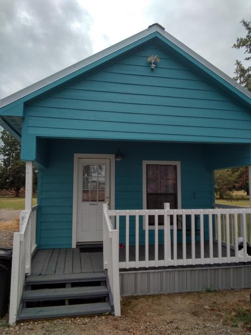 Stand Alone Shot Gun House 1 Bedroom Jakes