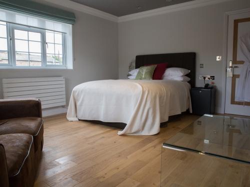 Suite-Superior-Wet room-Bungalow Suite
