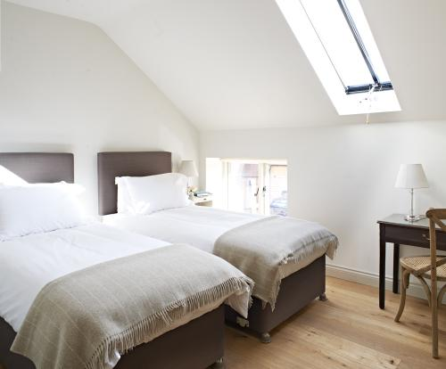 Hayloft-Apartment-Luxury-Ensuite-Courtyard view - Base Rate
