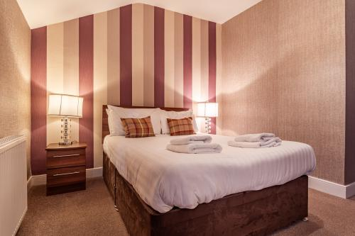 Double room-Standard-Ensuite with Bath-Newley Refurbished