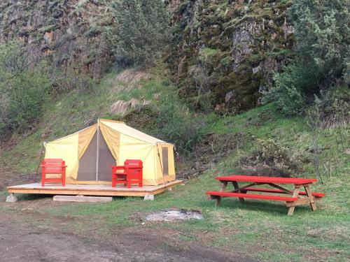 Tent-King-Shared Bathroom-Mountain View-Red Tent - Base Rate