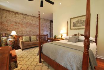 Double room-Ensuite with Bath-Superior-Garden View-The SHELDON Room