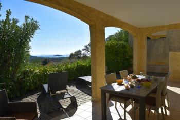 Villa Supérieure T3D vue sur baie - 2 chambres - 4/6 personnes