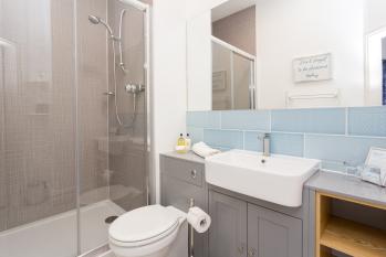 Room 2 - Mackintosh en-suite