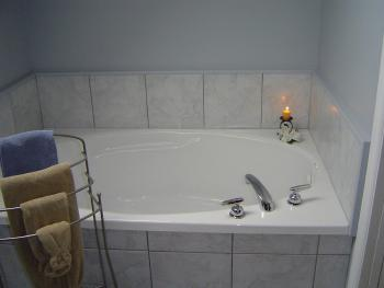 King-Deluxe-Ensuite - Base Rate