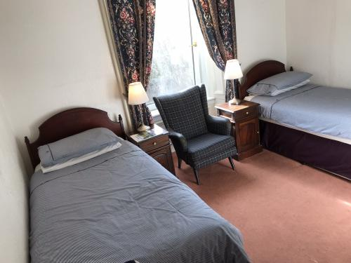 Twin room-Comfort-Private Bathroom-Garden View-Room 2 - Base Rate