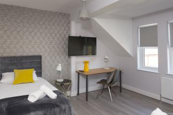 Room 1 Family Suite
