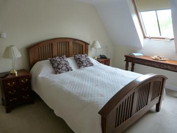 Double room-Superior-Ensuite with Jet bath-Countryside view-DBS - Base Rate