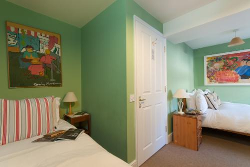Twin room-Disabled access-Wet room-No view - Base Rate