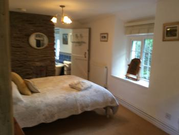 Double room-Premium-Ensuite with Bath-Courtyard view- Cottage Suite