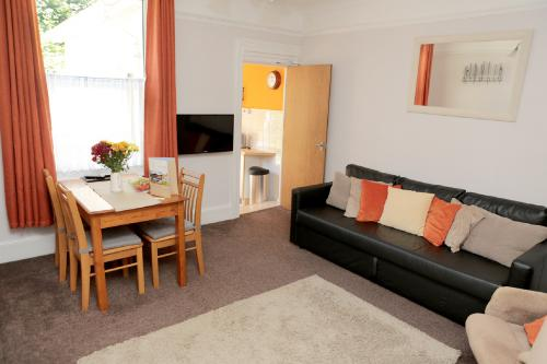 Flat 6 - Ground Floor 2 Bedroom