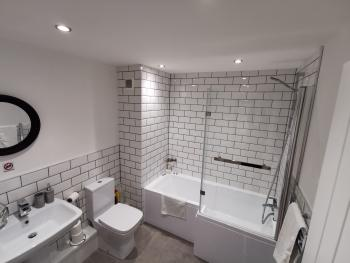 Gosforth Suite - Bathroom - Full size bath with over shower