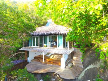 Hedonist Villa outside view 5 star somewhere only we know koh phangan