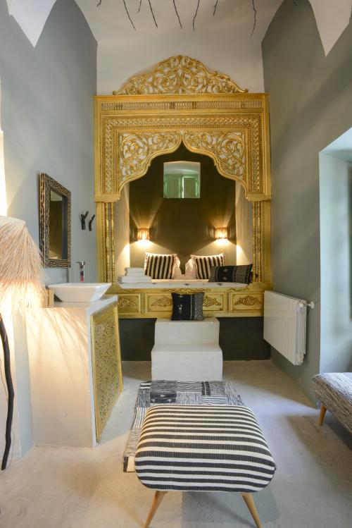 Suite AMBRE